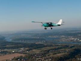 Mokomasis pažintinis skrydis dviviečiu lėktuvu