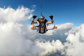 Šuolis dviviečiu parašiutu su instruktoriumi + vaizdo klipas